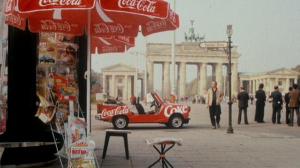 A Coca-cola e o Muro de Berlin