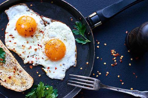 Até para fritar um ovo